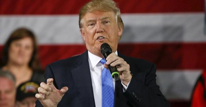 """Ông Obama công khai """"chê"""" kiến thức đối ngoại của tỷ phú Donald Trump"""