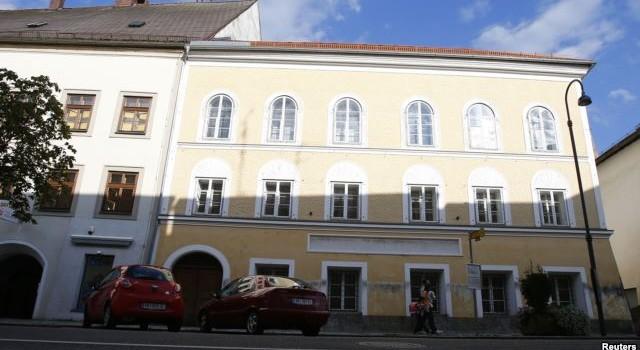 Áo định tiếp quản ngôi nhà nơi Hitler chào đời