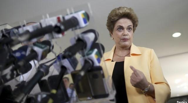"""Tổng thống Brazil gọi cấp phó là """"kẻ phản bội, âm mưu đảo chính"""""""