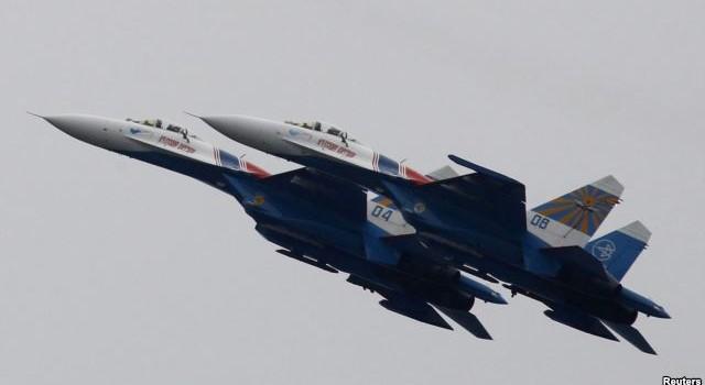 """Chiến đấu cơ Nga """"chặn đầu"""" máy bay Mỹ trên Biển Baltic"""