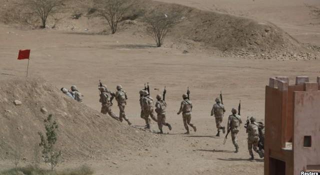 Quân đội Pakistan tiếp quản chiến dịch bài trừ du đãng