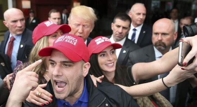 Donald Trump, Ted Cruz giành giật từng đại biểu Đảng Cộng hòa