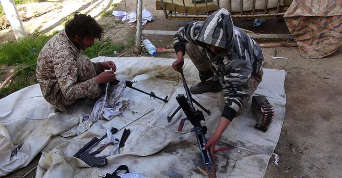NATO dự báo IS có thể phân ra thành hai nhóm