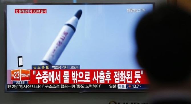 Triều Tiên lại khoe bắn tên lửa đạn đạo từ tàu ngầm