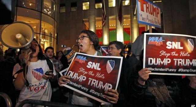Giới trẻ Mỹ nói sẽ bỏ phiếu cho bà Clinton, không bầu ông Trump