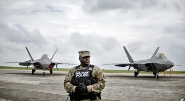 """Mỹ điều chiến đấu cơ F-22 đến Romania chống """"hành động gây hấn của Nga"""""""
