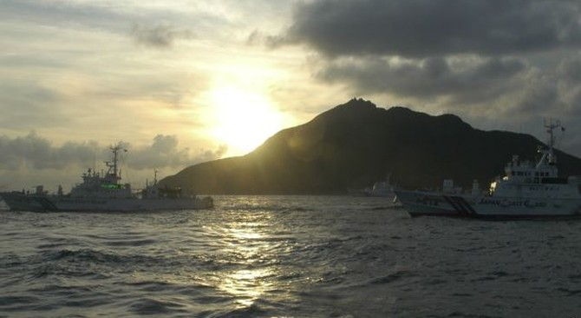 Tàu cá Trung Quốc đâm tàu chở hàng ở biển Hoa Đông, 17 người mất tích