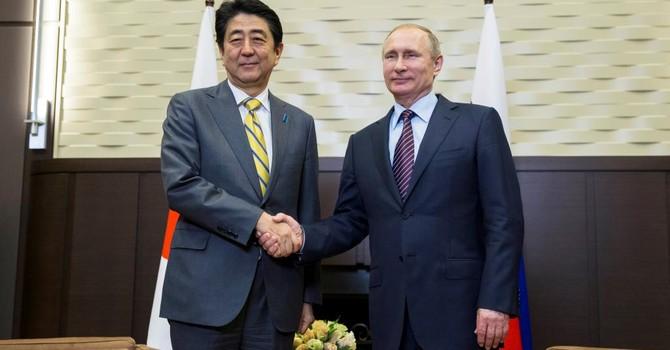 Tranh chấp lãnh thổ Nga-Nhật thành tâm điểm cuộc gặp Abe-Putin