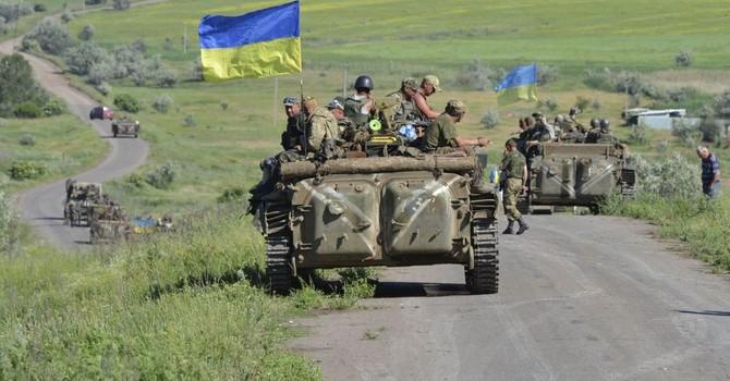 Ông Poroshenko: Quân đội Ukraine hùng mạnh và yêu nước nhất châu lục