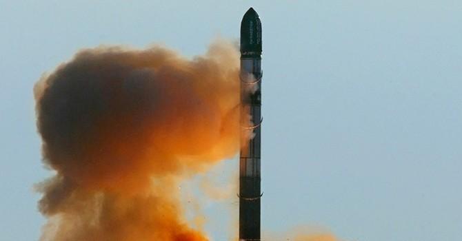 """""""Tên lửa Nga Sarmat khiến giới quân sự Mỹ đứng ngồi không yên"""""""