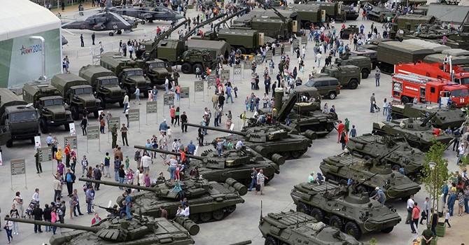 """Báo Nga tiết lộ các nước đang mua """"siêu"""" vũ khí Nga"""