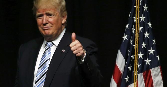 """Vì sao Nga và Trung Quốc """"thích"""" ứng viên Donald Trump?"""
