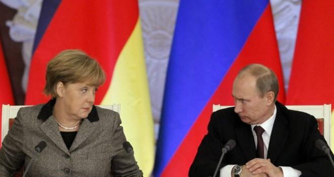 """Đức công bố """"Sách Trắng"""" không coi Nga là đối tác nữa"""