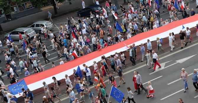 """Ba Lan tiến hành """"động viên chống Nga"""" trước thềm thượng đỉnh NATO"""