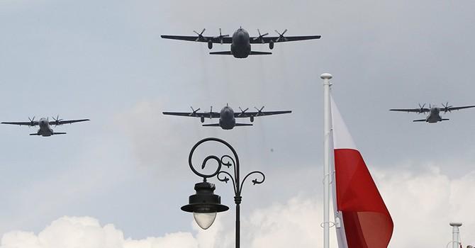 Bộ trưởng Quốc phòng Ba Lan gọi Nga là mối đe dọa lớn nhất với thế giới