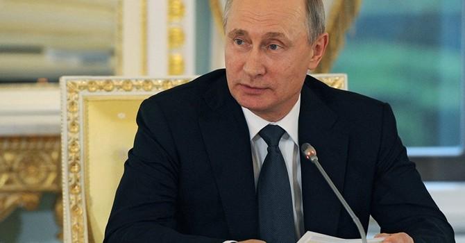 """Ông Putin: """"Nga đã vượt khỏi thoái trào kinh tế"""""""