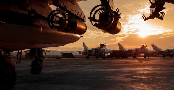 """""""Nga đánh bom phe nổi dậy Syria được Mỹ hậu thuẫn"""""""