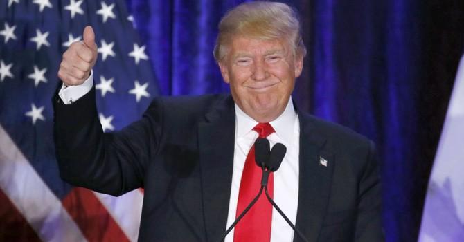 Tỷ phú Trump sẵn lòng mời ông Putin đến Washington chơi