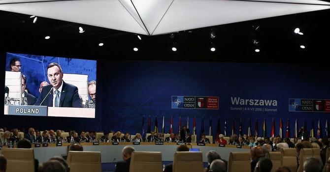 NATO tăng cường lực lượng ở Đông Âu, thách thức Nga
