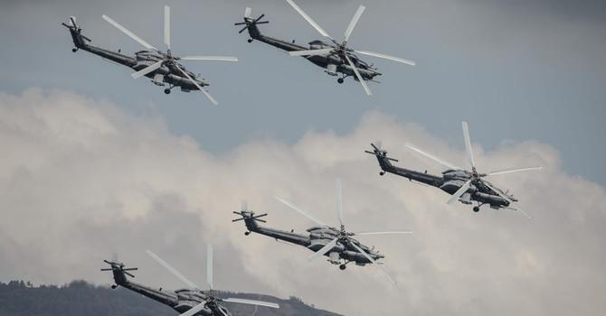 """Quân đội Iraq nhận lô máy bay trực thăng Nga Mi-28 """"thợ săn đêm"""""""