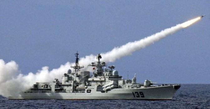 Hải quân Trung Quốc bắn đạn thật trên biển Đông