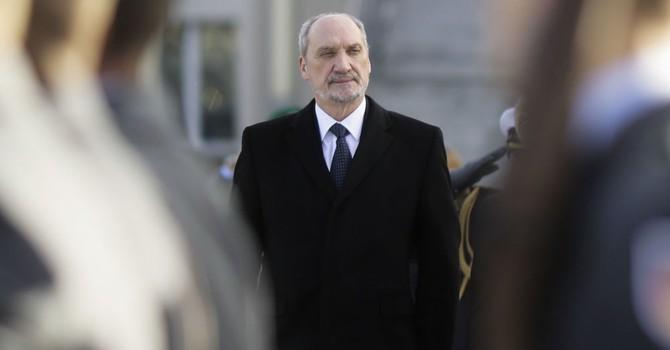 """Bộ trưởng Quốc phòng Ba Lan cáo buộc Nga gây ra vụ """"thảm sát Volyn"""""""