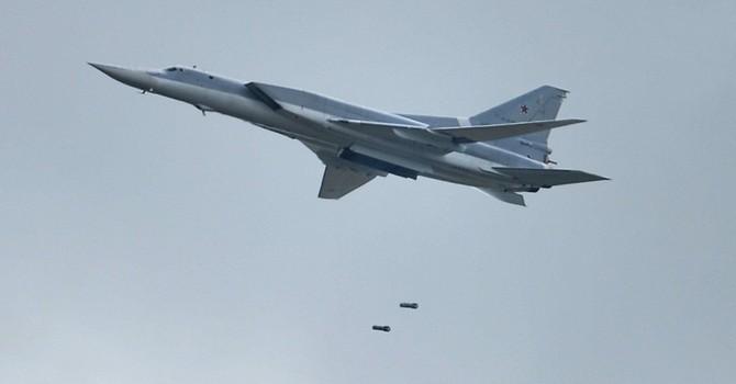 Nga điều 6 siêu máy bay Tu-22M3 tấn công các cứ điểm IS ở Syria