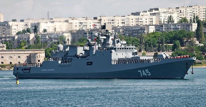 Siêu tàu chiến Nga của Hạm đội Biển Đen lần đầu lộ diện tại Sevastopol