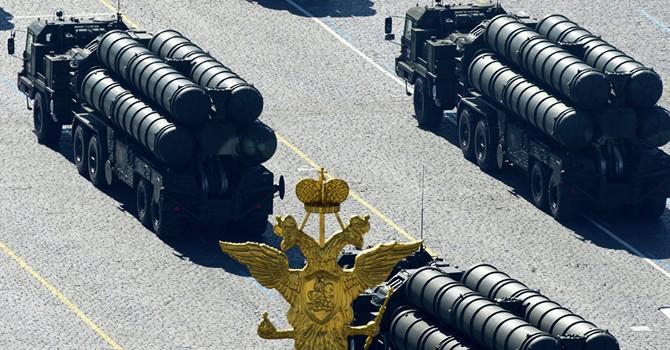 Lắp hệ thống phòng không S-400 xuất hiện ở Crimea - động thái mạnh của Nga