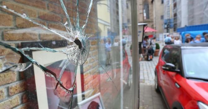 Nước Đức choáng váng vì hàng loạt vụ tấn công khủng bố