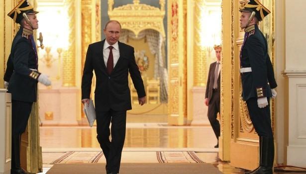 Cuộc chơi lớn của ông Putin trên ba mặt trận