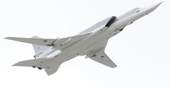 Siêu máy bay ném bom Nga Tu-22M3 được gắn tên lửa siêu thanh