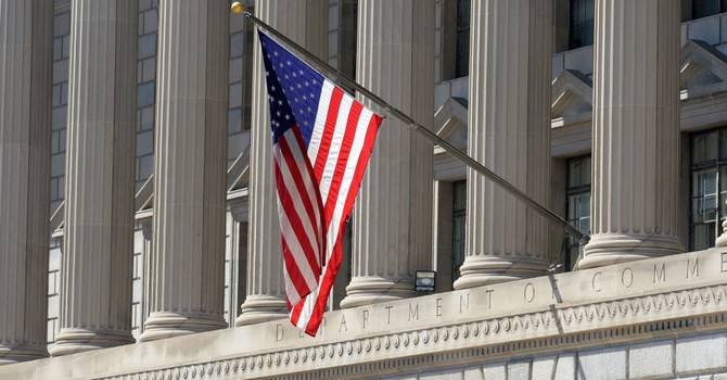 Mỹ mở rộng danh sách trừng phạt thêm 80 công ty Nga