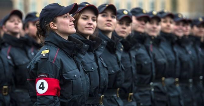 Tổng thống Nga Putin lệnh cắt giảm 163.000 biên chế Bộ Nội vụ Nga
