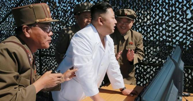 Triều Tiên triển lãm hàng không, bất chấp trừng phạt quốc tế
