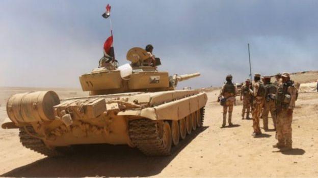 """IS thua trên chiến trường, liên tục """"mất thêm đất"""" ở Syria và Iraq"""