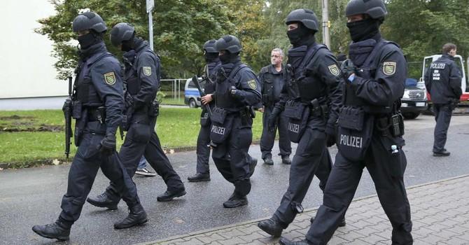 Đức truy lùng một nghi phạm khủng bố người Syria nhập cư