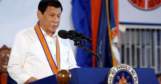 Tổng thống Philippines tuyên bố không nhượng bộ Trung Quốc về Biển Đông