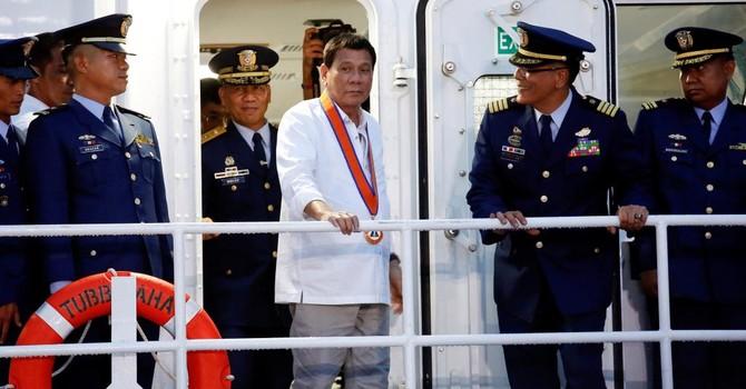 Philippines: Một thành viên Tòa án Tối cao cảnh báo ông Duterte về Biển Đông