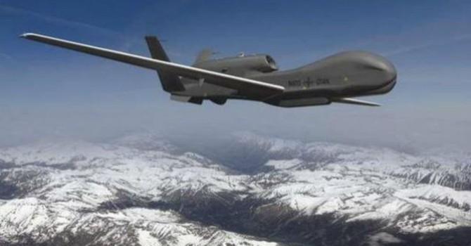 Báo Nga tố máy bay không người lái của Mỹ do thám quanh Crimea