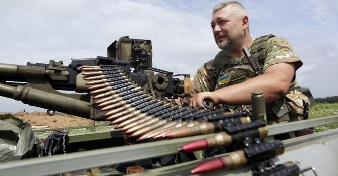 Ukraine phát triển vũ khí mới: Tiền bạc và chuyên gia sẽ đến từ đâu?