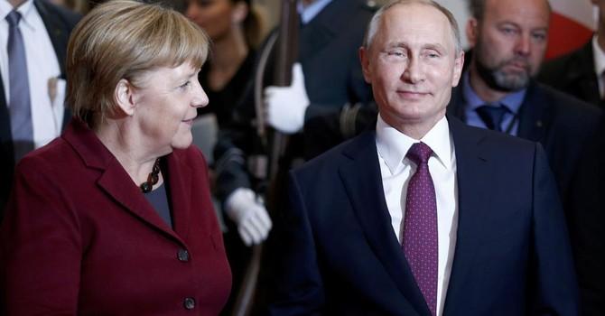 """""""Châu Âu bối rối trước ông Putin"""" trong chiến trường Syria"""