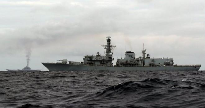 Đội tàu chiến Nga băng qua Eo biển Anh hướng đến Syria