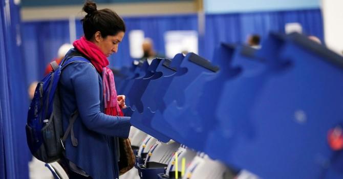 Nước Mỹ bắt đầu bầu Tổng thống, dự đoán tỉ lệ cử tri bầu cử sớm cao kỷ lục