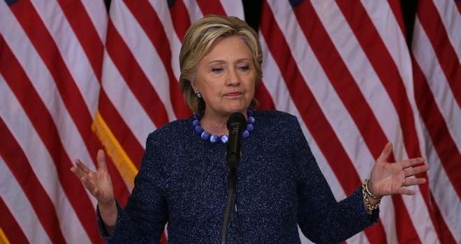 Bầu cử Mỹ: Bà Clinton hối thúc FBI giải trình về động cơ điều tra email