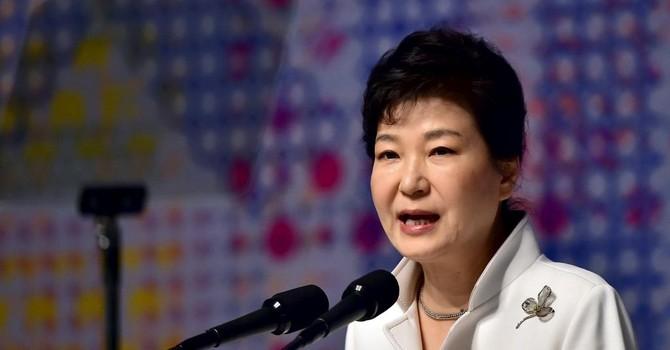 Khủng hoảng chính trị Hàn Quốc: 2 cựu cố vấn tổng thống bị bắt