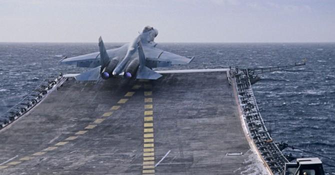 Nhiều chiến hạm chở máy bay Nga đã đến bờ biển Syria