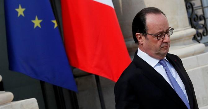 Tổng thống Pháp kêu gọi dỡ bỏ hoàn toàn lệnh cấm vận đối với Cuba