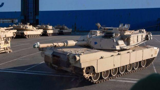 Mỹ điều lính và loạt xe tăng tới Đức giúp NATO tự vệ trước Nga