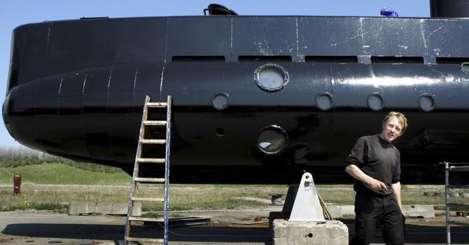 Tàu ngầm chìm, nhà phát minh bị truy tố